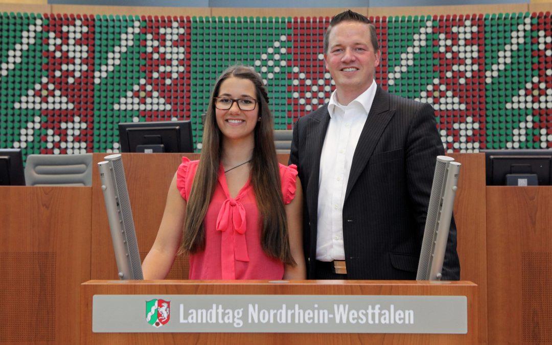 Drei Tage lang den Landtag testen – jetzt bewerben für den Jugend-Landtag 2018!