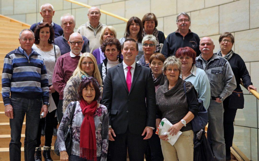 Besucher aus Brühl und Erftstadt zu Gast im Landtag