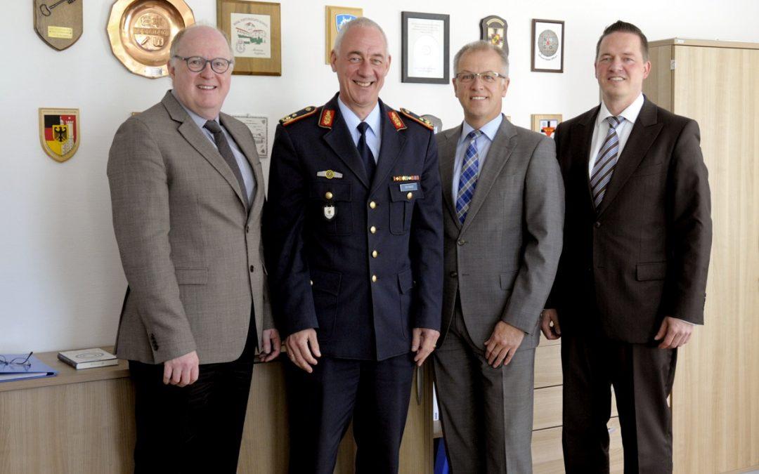 Besuch im neuen Luftfahrtamt der Bundeswehr