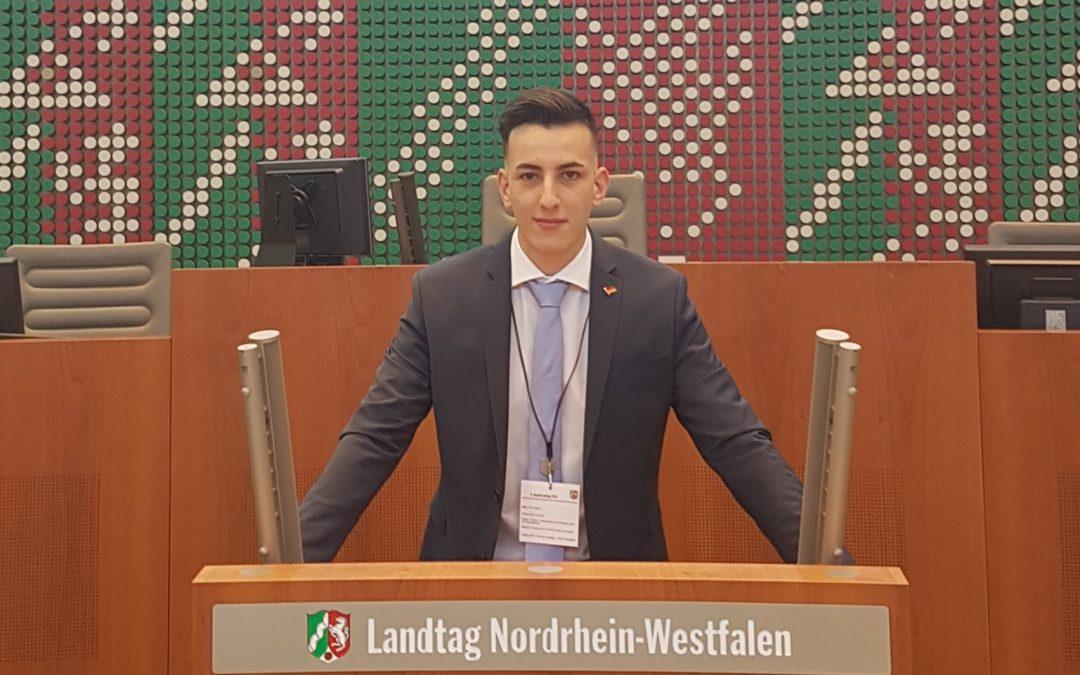 Vorsitzender der JU Brühl vertrat Gregor Golland beim Jugend-Landtag