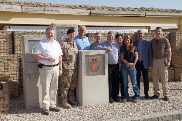 Als Beauftragter für die Bundeswehr auf Truppenbesuch im Einsatzland