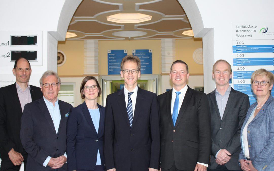 Golland tritt Förderverein des Dreifaltigkeits-Krankenhauses Wesseling bei